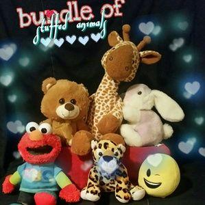 Stuffed animal bundle 💞❣